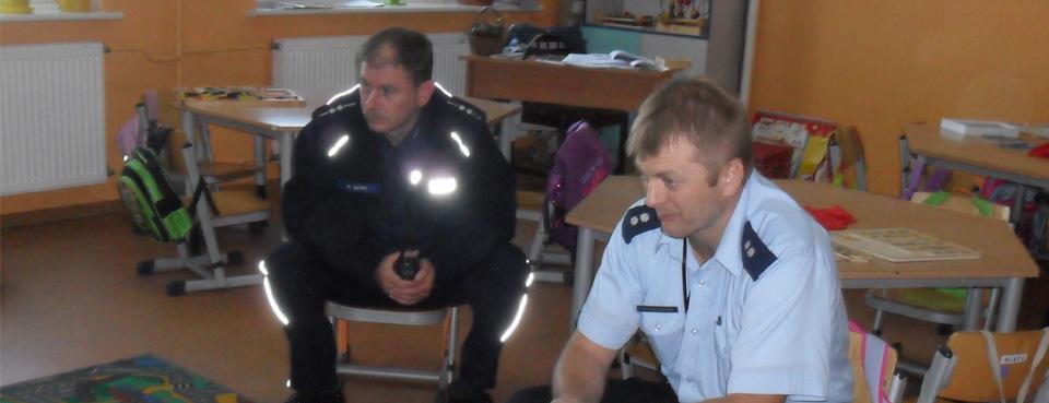 Spotkanie z policjantami w przedszkolu
